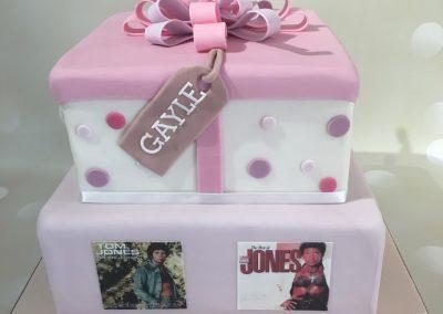 Tom Jones cake